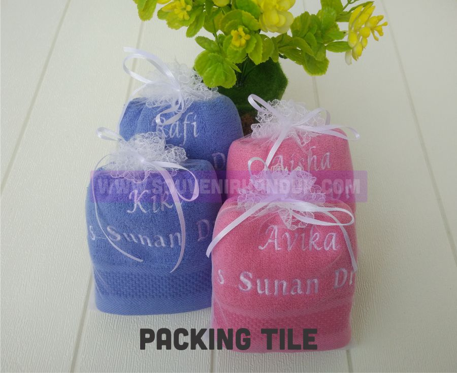 Contoh Handuk Custom Packing Tile